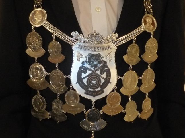 neue Königskette